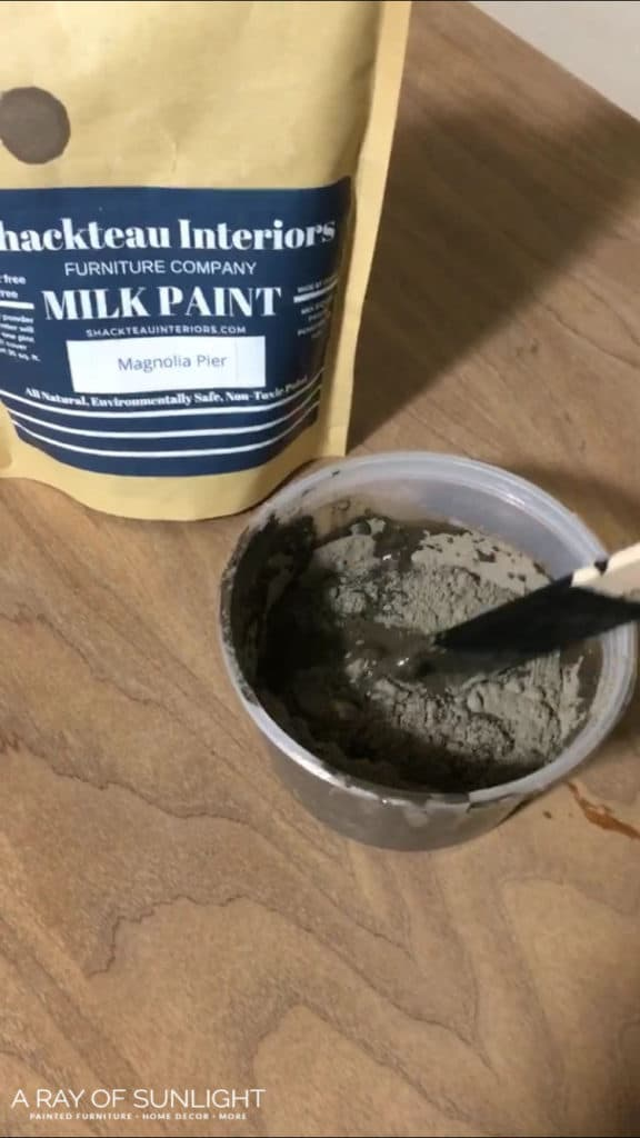 How to get a chippy old worn farmhouse painted finish on your thrift finds, DIY furniture, and bedroom furniture! The beginners guide to using powdered milk paint, how to mix it, how to get a chippy finish, how to seal milk paint and how to prep for milk paint.