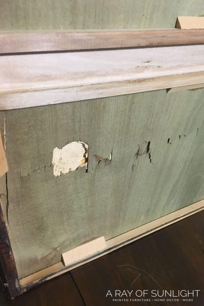 Replace drawer bottom - remove drawer track