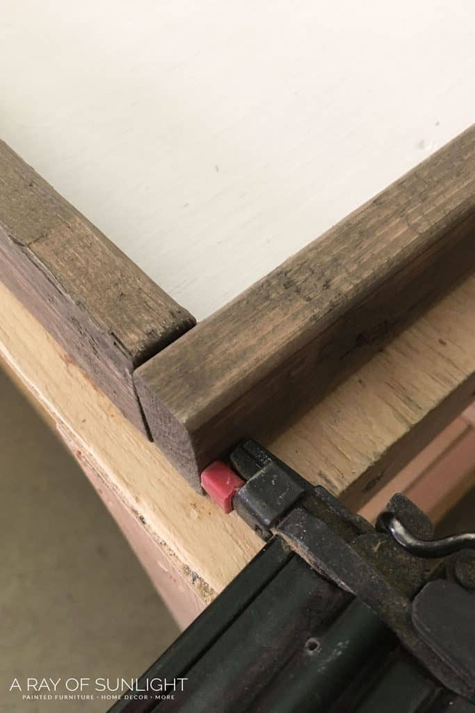 DIY Wood Farmhouse Sign
