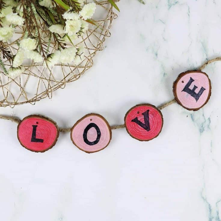 Easy Valentine's Day Wood Garland