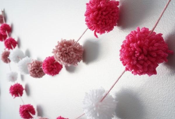 Valentine's Day Decoration - How to Make a Pom Pom Garland