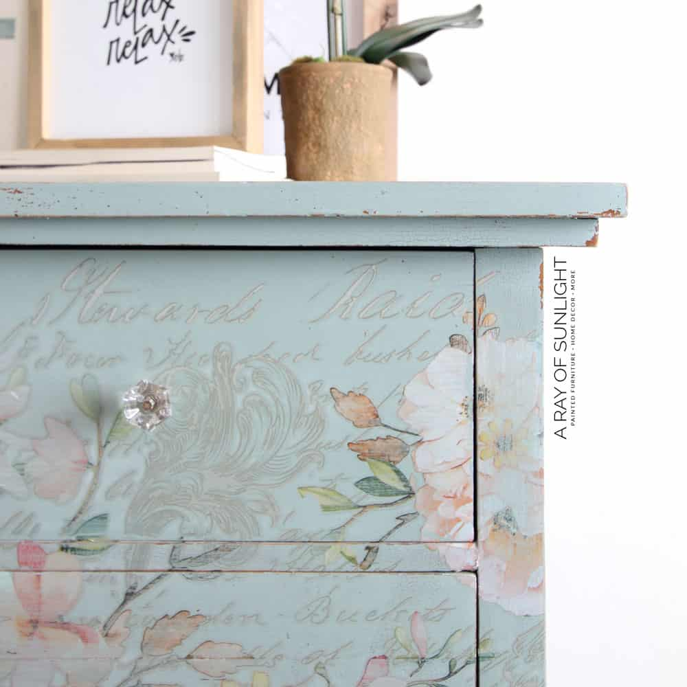 crackle painted furniture with milk paint and shellac
