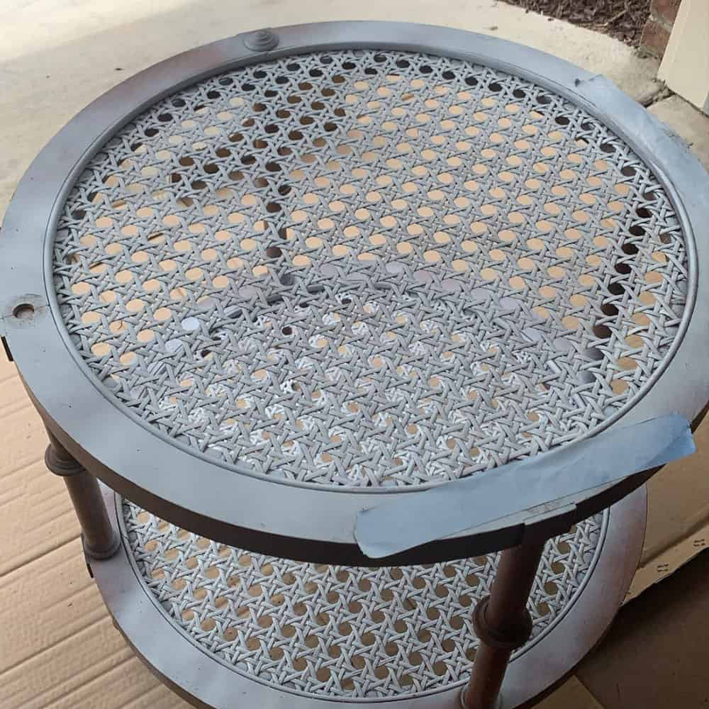 prime rattan  with spray paint