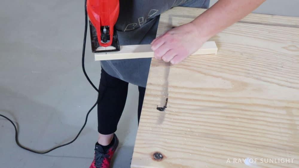 cut the wood frame