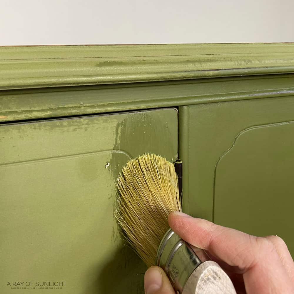 using behr decorative wax over behr chalk paint