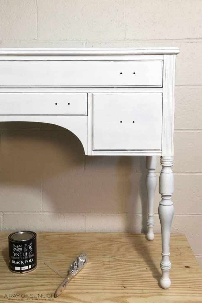 Desk Primed with BIN Shellac Based Primer