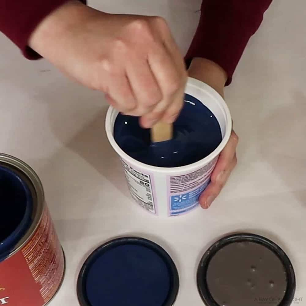 mixing driftwood and china blue milk paint colors