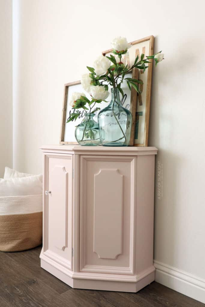 sideview of pink painted cabinet