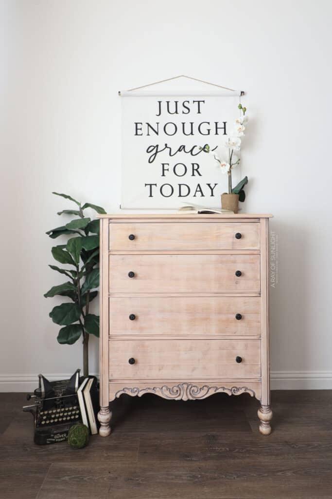 DIY Whitewash Dresser with Dark Knobs