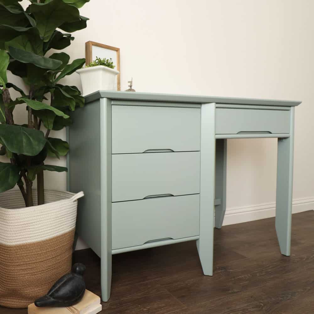 sideview of the painted desk