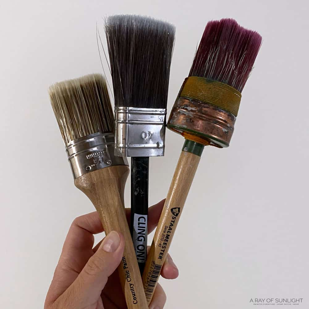 best paint brushes for painting furniture